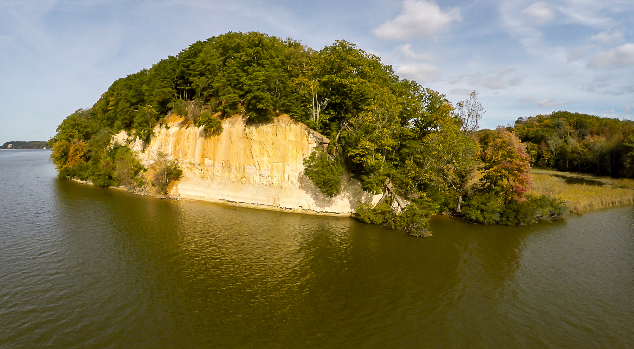 This cliff has one of the largest density of Bald Eagles on the East Coast