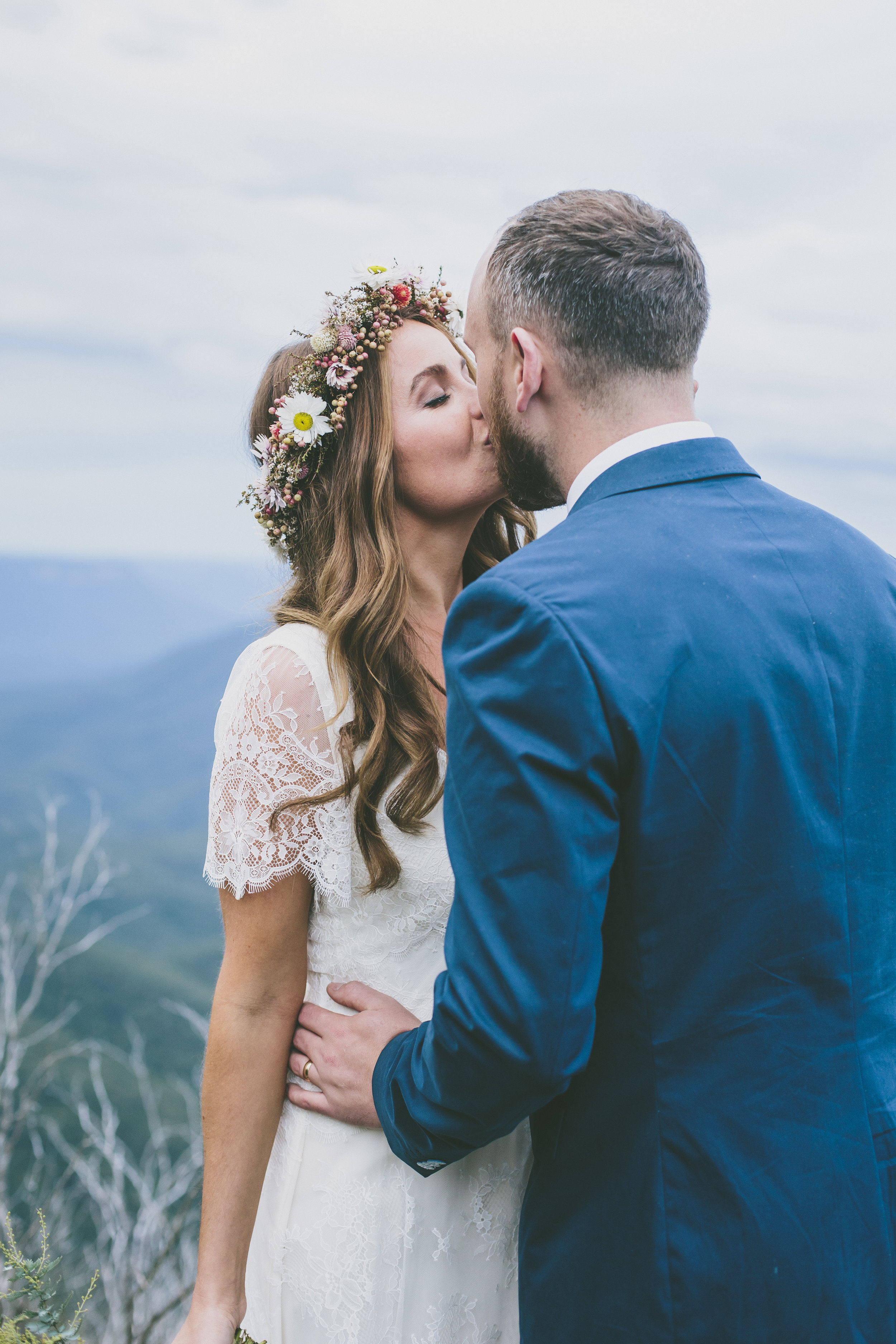 Check out the Real Wedding articles on The Little White Wedding Guide for the ultimate wedding inspiration.