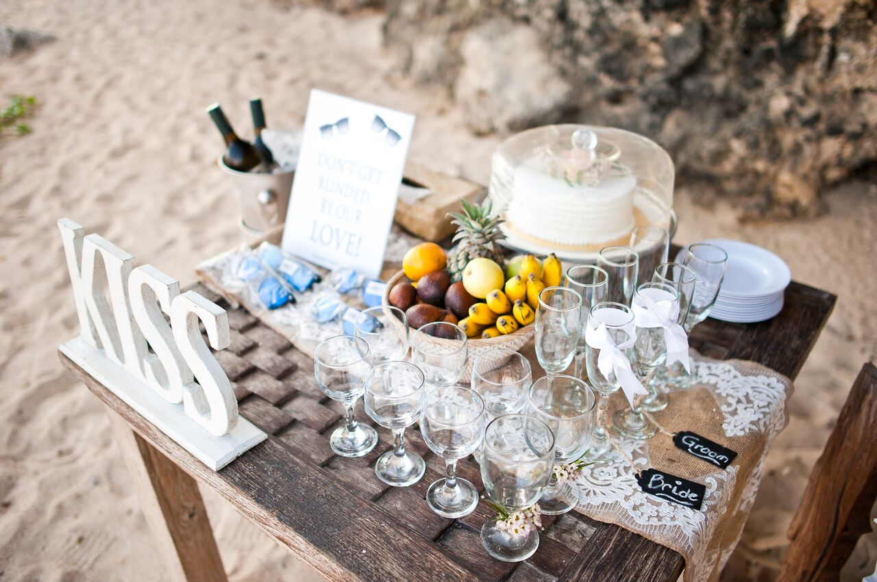Beach Wedding decoration.JPG