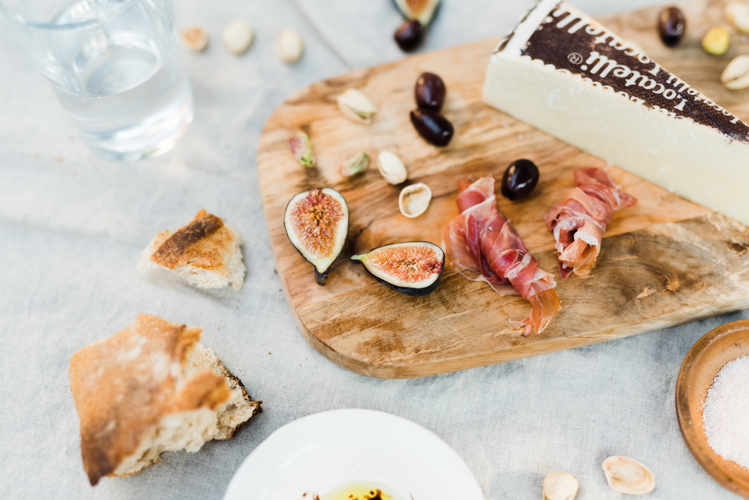 Angela Nunnink photography cheese platter