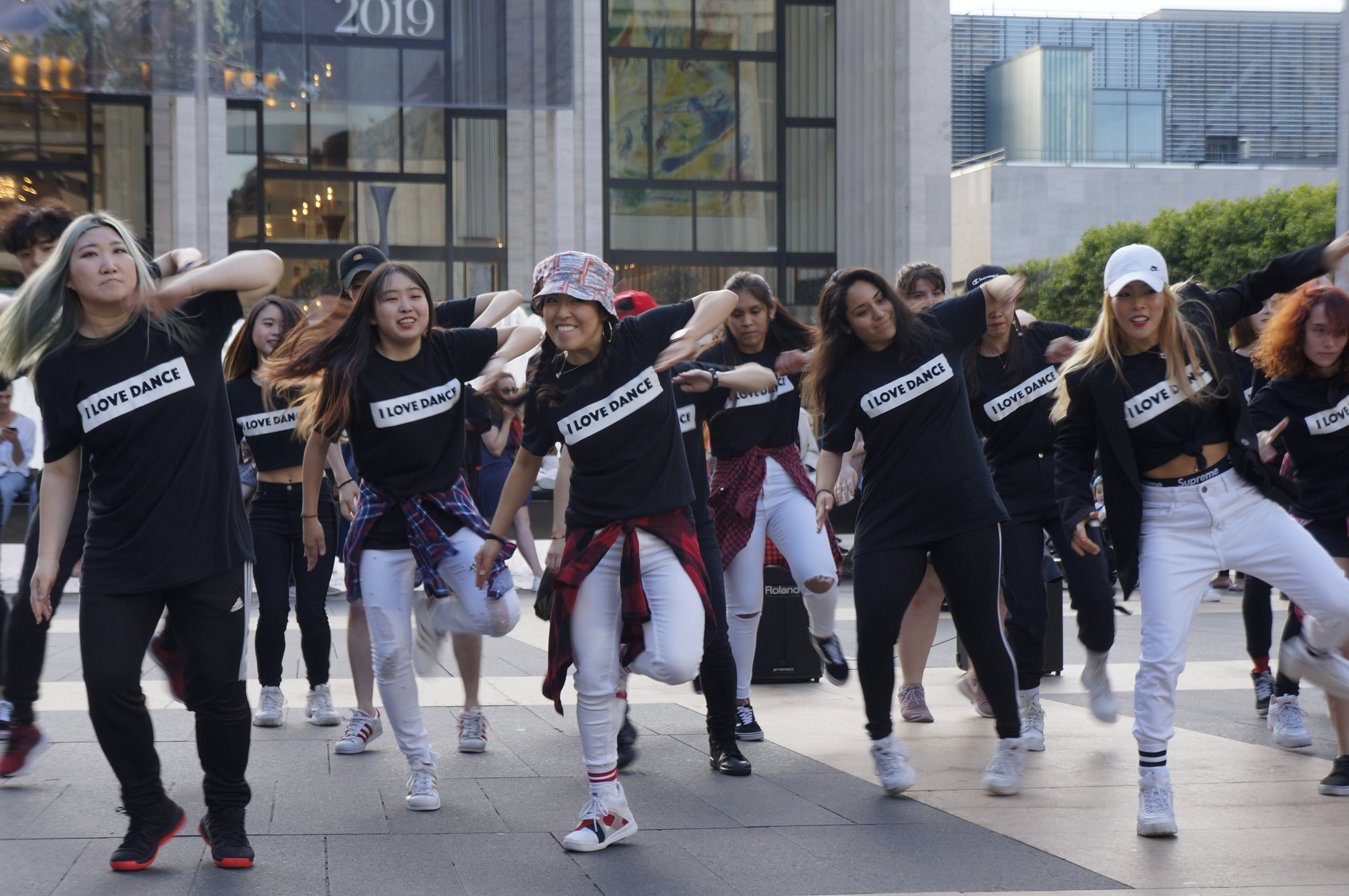 K-Pop Flash Mob2.JPG