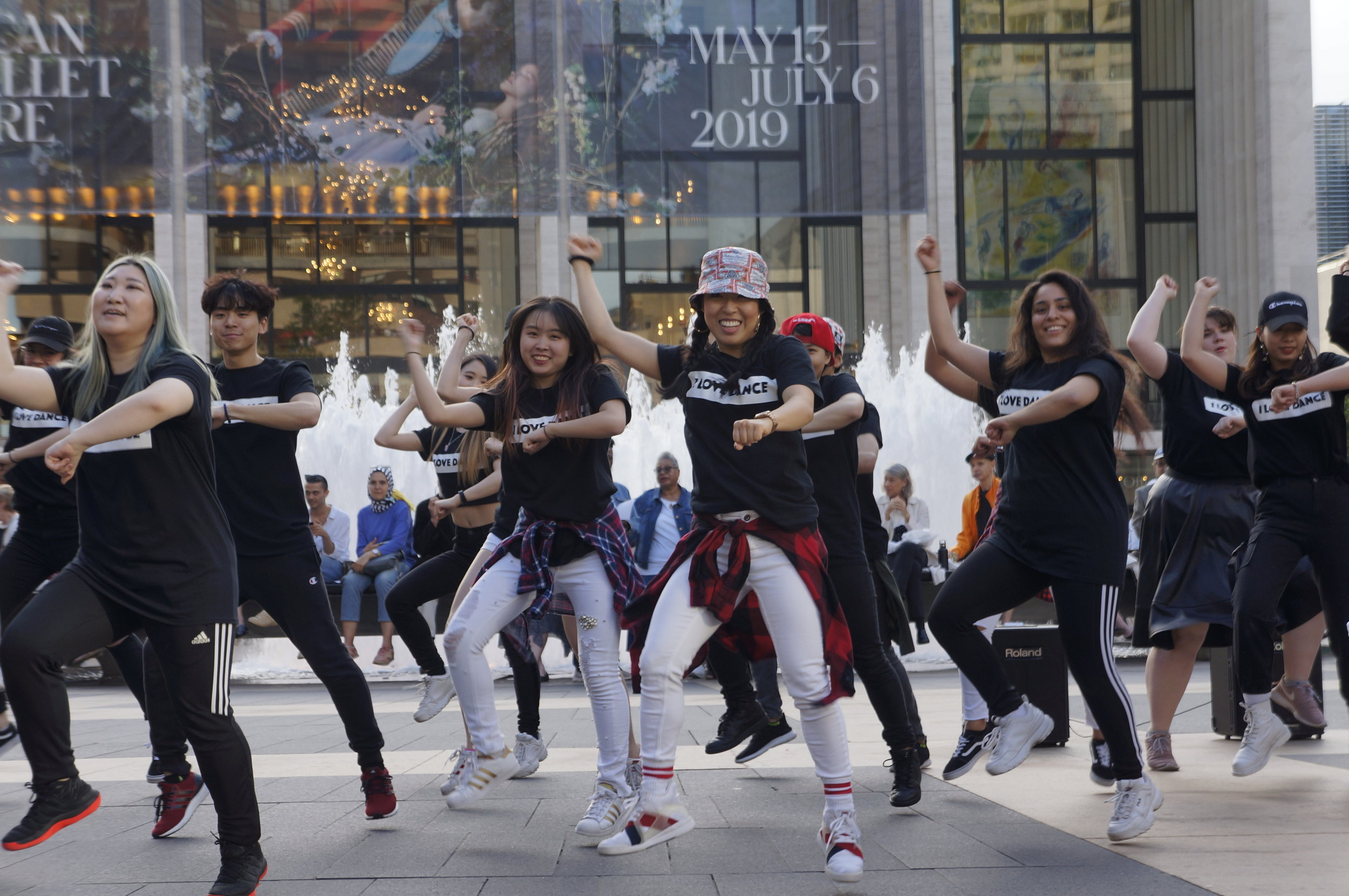 K-Pop Flash Mob3.JPG