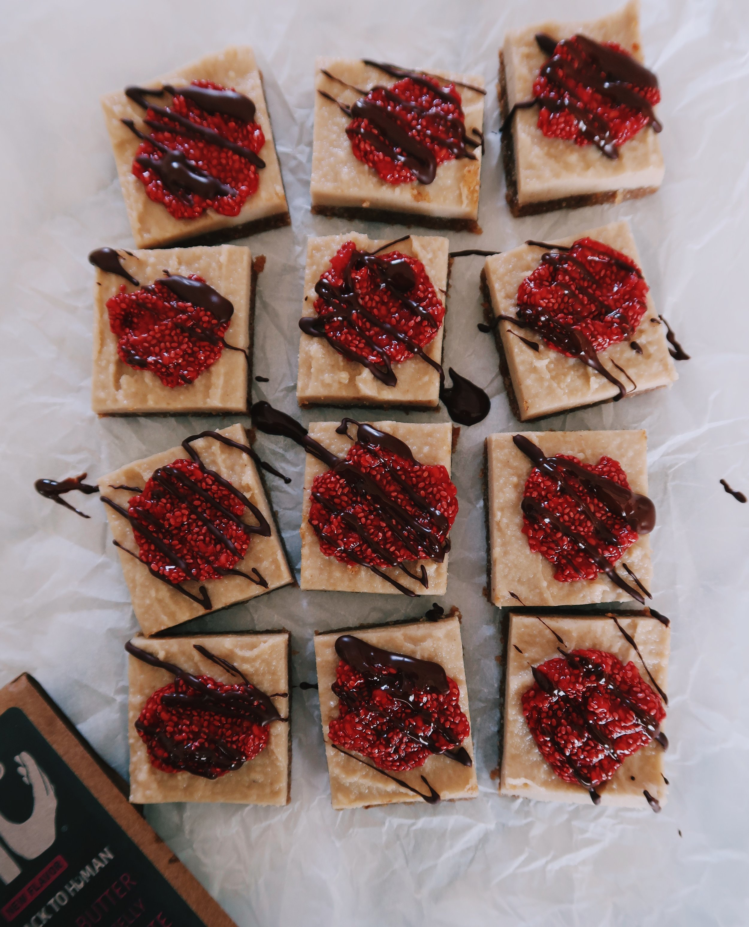 paleo raspberry cheesecake bars by kalejunkie