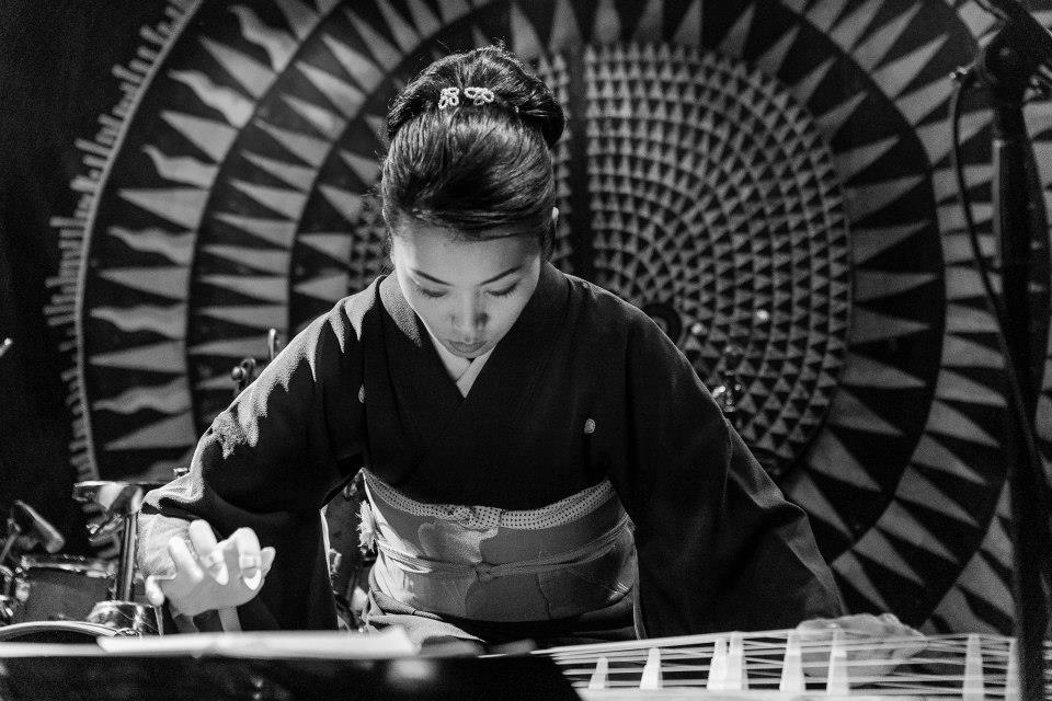 Sumie Kaneko , Koto, Shamisen, Vocals