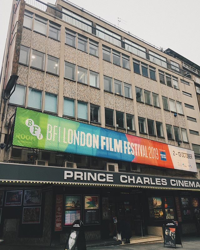 Weekend 1 done and dusted at #londonfilmfestival @britishfilminstitute I've seen 6 films so far - some of them mind blowing, some of them head scratching and some of them were just average. That's ok by me though, it's the incredible festival atmosphere I love just as much as seeing all the films and all the stars walking the red carpets. I've been seeing a few of the films solo this year and somehow keep sitting next to awesome fellow solo movie goers and we end up chatting for ages after the film. I love it. Films bring people together 🙏🏼 #movienerd #filmfestivals #london #bfilondonfilmfestival #ifyousitnexttomesayhi