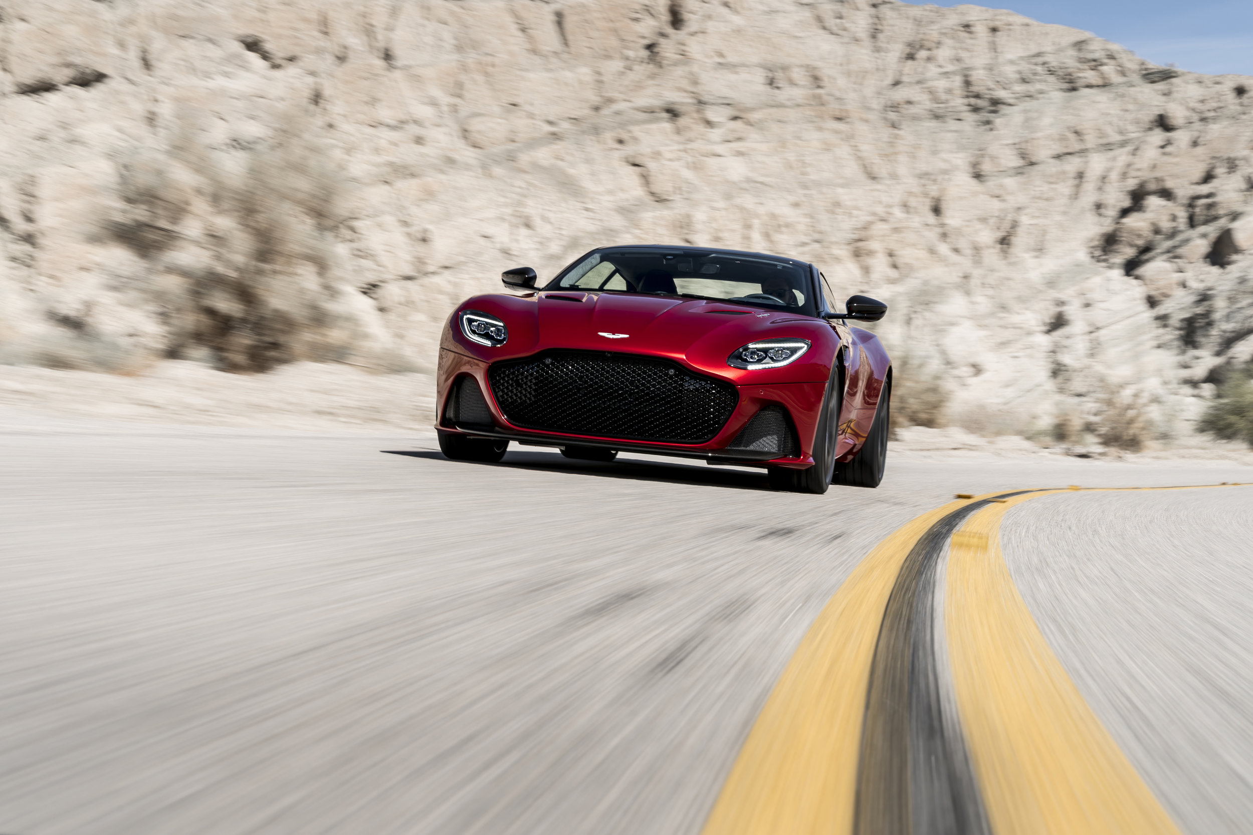 DBS_Superleggera (1).jpg