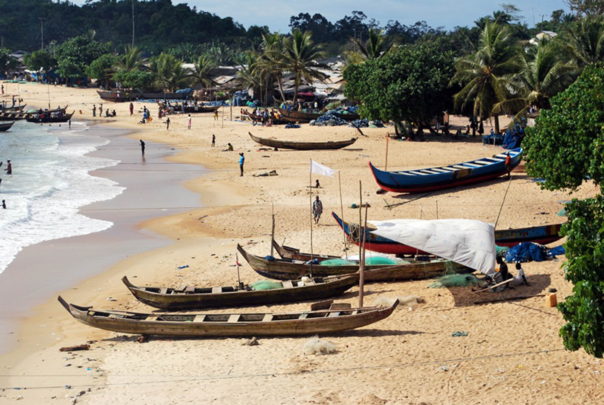 Ghana, Miemia beach- copyright goldcoast.be.jpg
