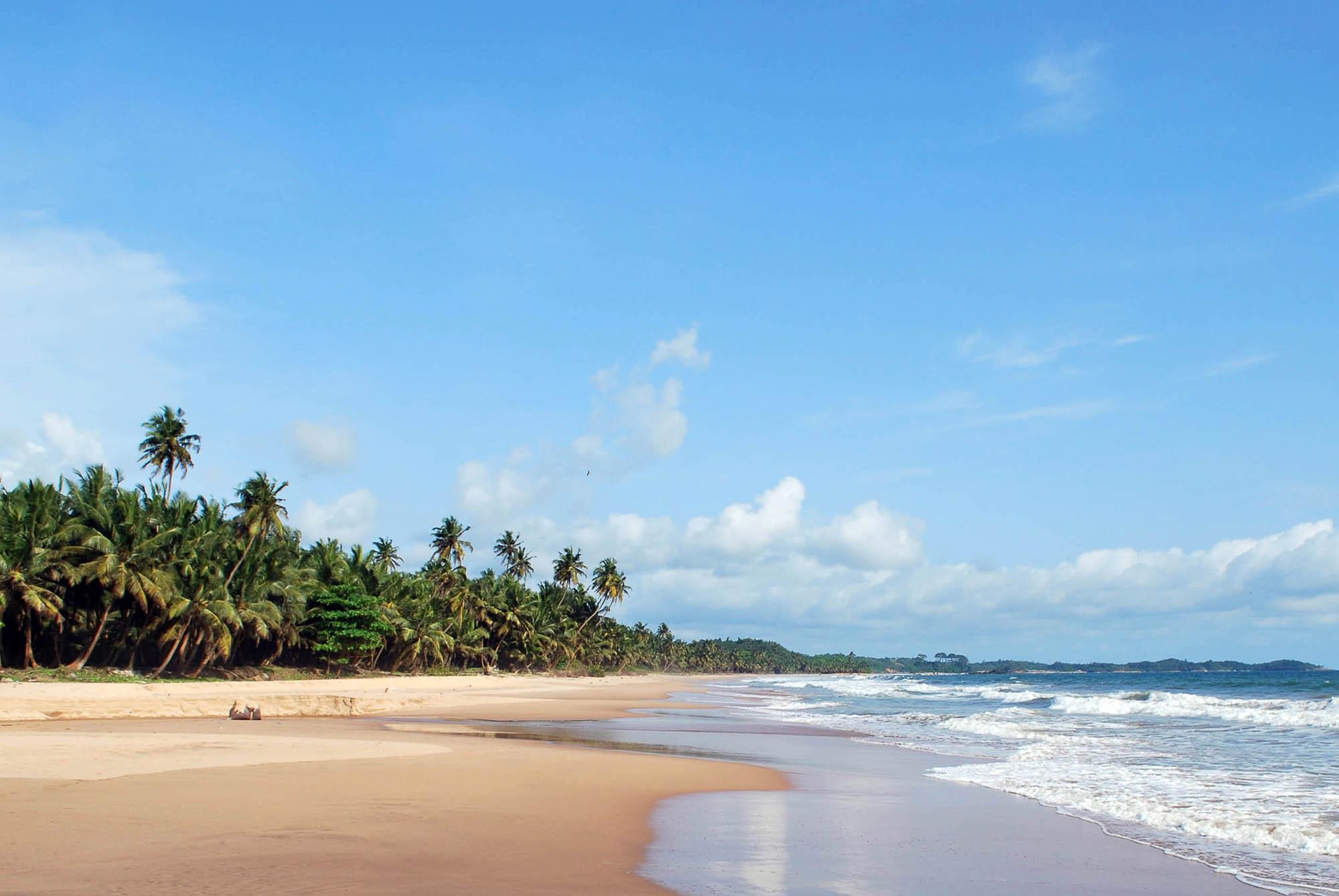 Ghana, Axim Beach 2- copyright goldcoast.be.jpg