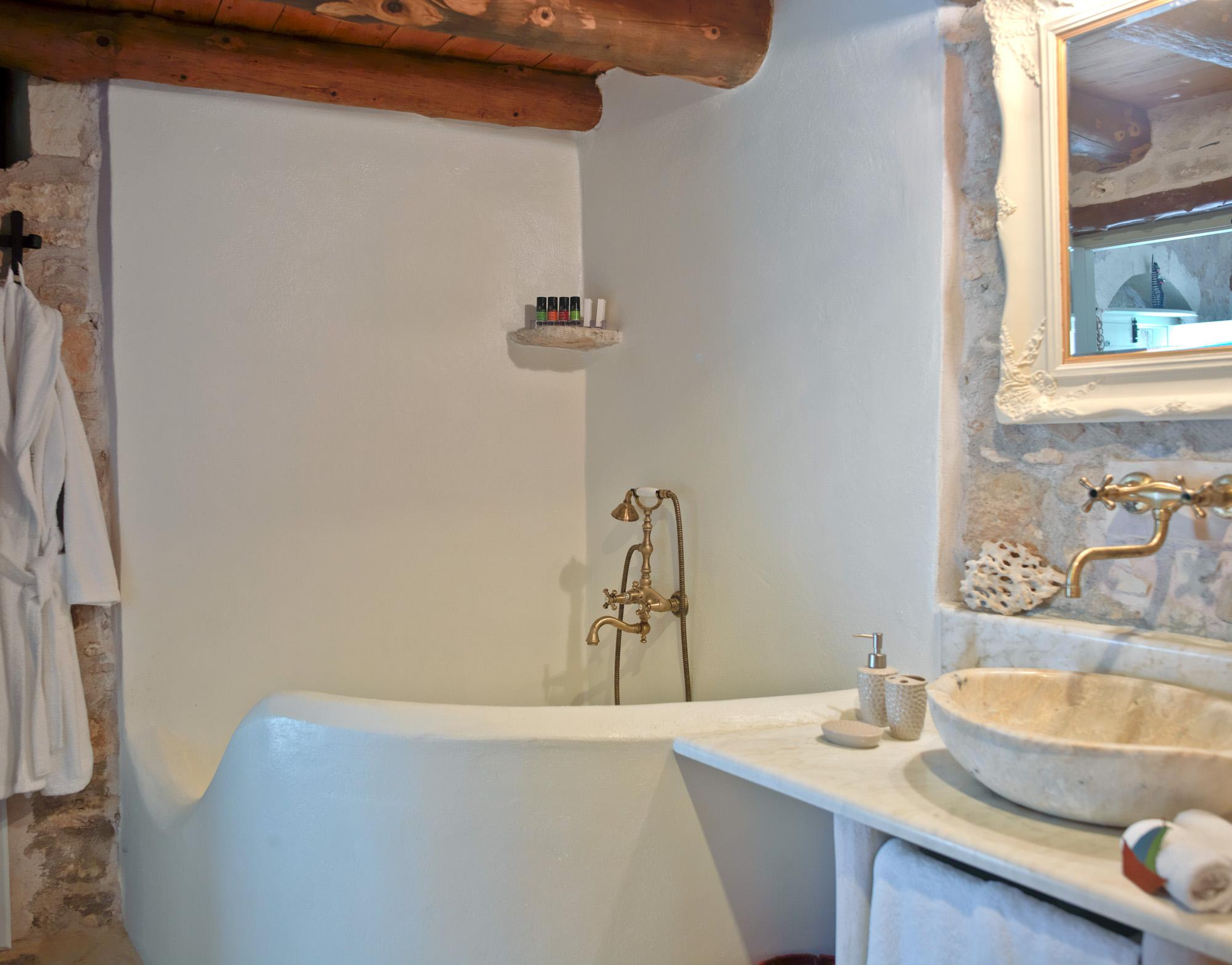 Critamo_Bathroom_ergo_2305-2.jpg