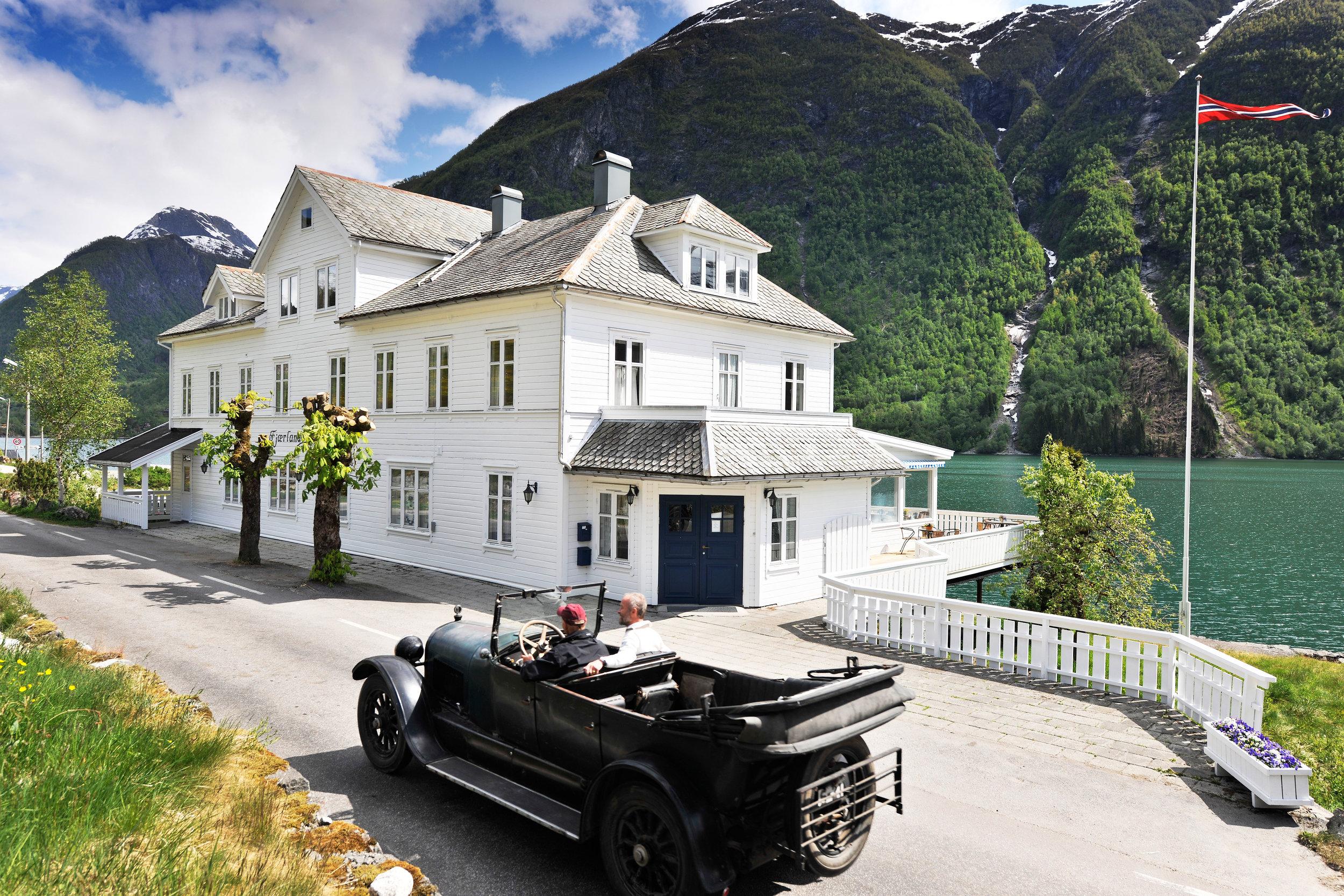 Fjærland Fjordstove - Hotel & Restaurant