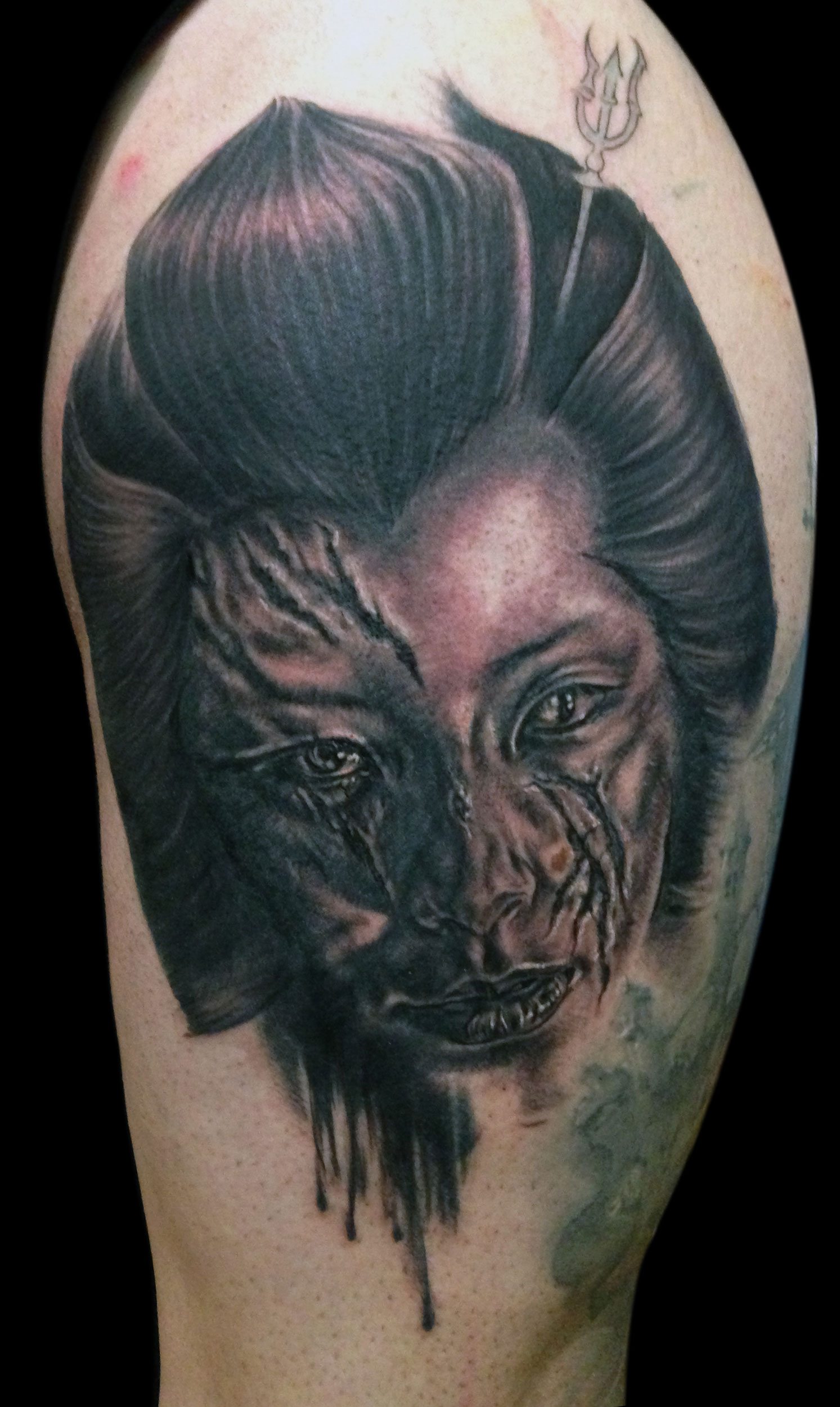 Back and Grey Slashed Geisha Horror Portrait Tattoo, (fresh, first session) Zwickau Tattoo Expo, Germany