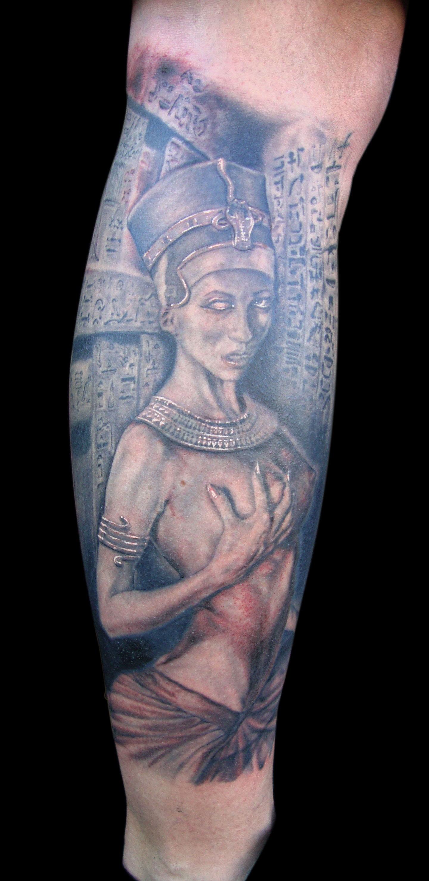 Black and Grey 'Undead' Nefertiti Tattoo, (photo taken at final session, most is healed except for the reddish parts)