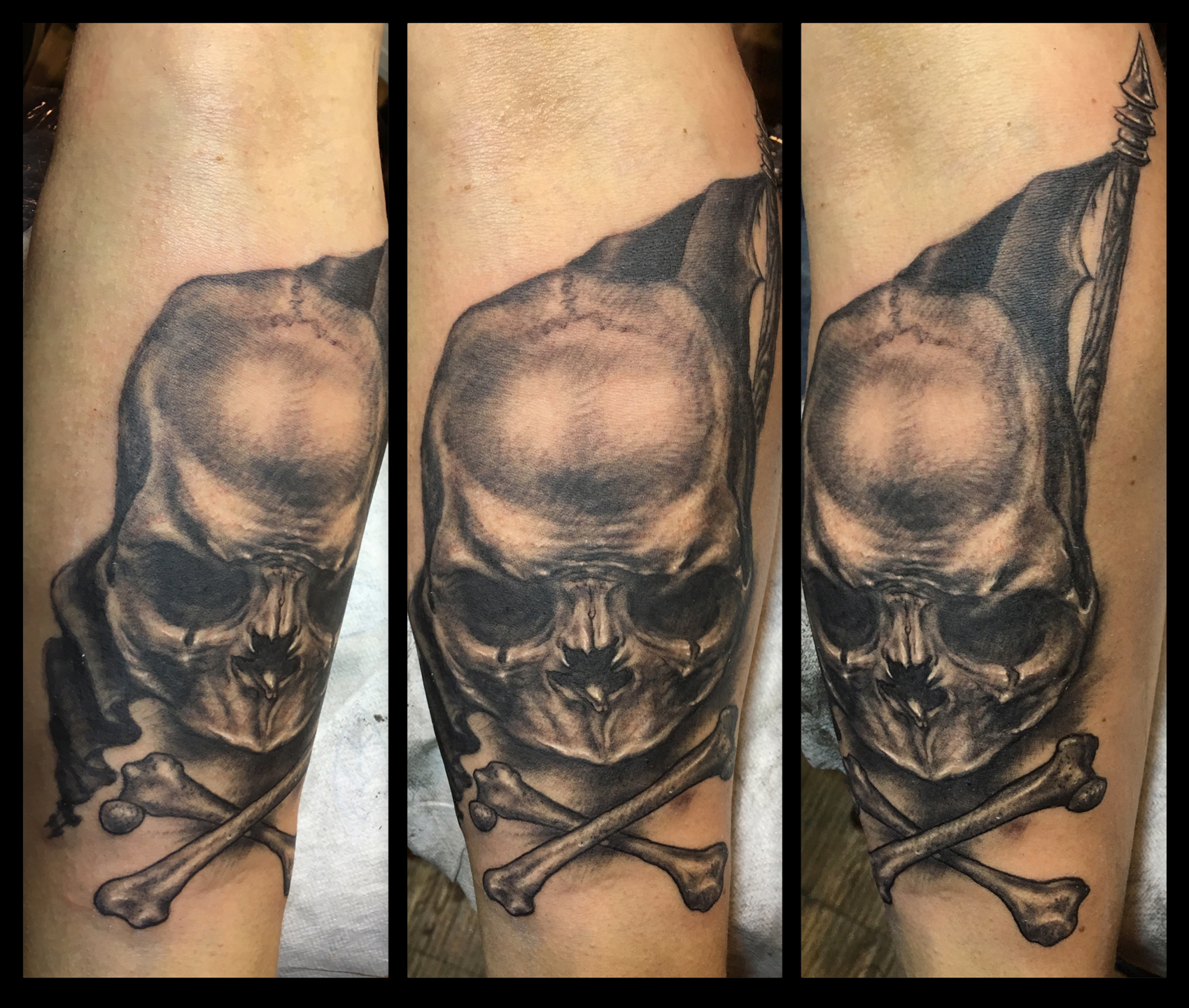 Black and Grey Freehand Jolly Roger Pirate Flag Skull Tattoo, (fresh) Le Mondial du Tatouage Convention, Paris, France