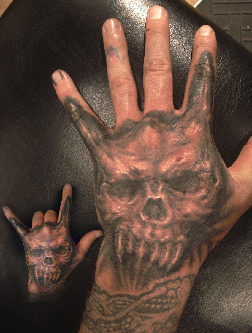 152 Coffin-Hand-Horned-Skull.jpg