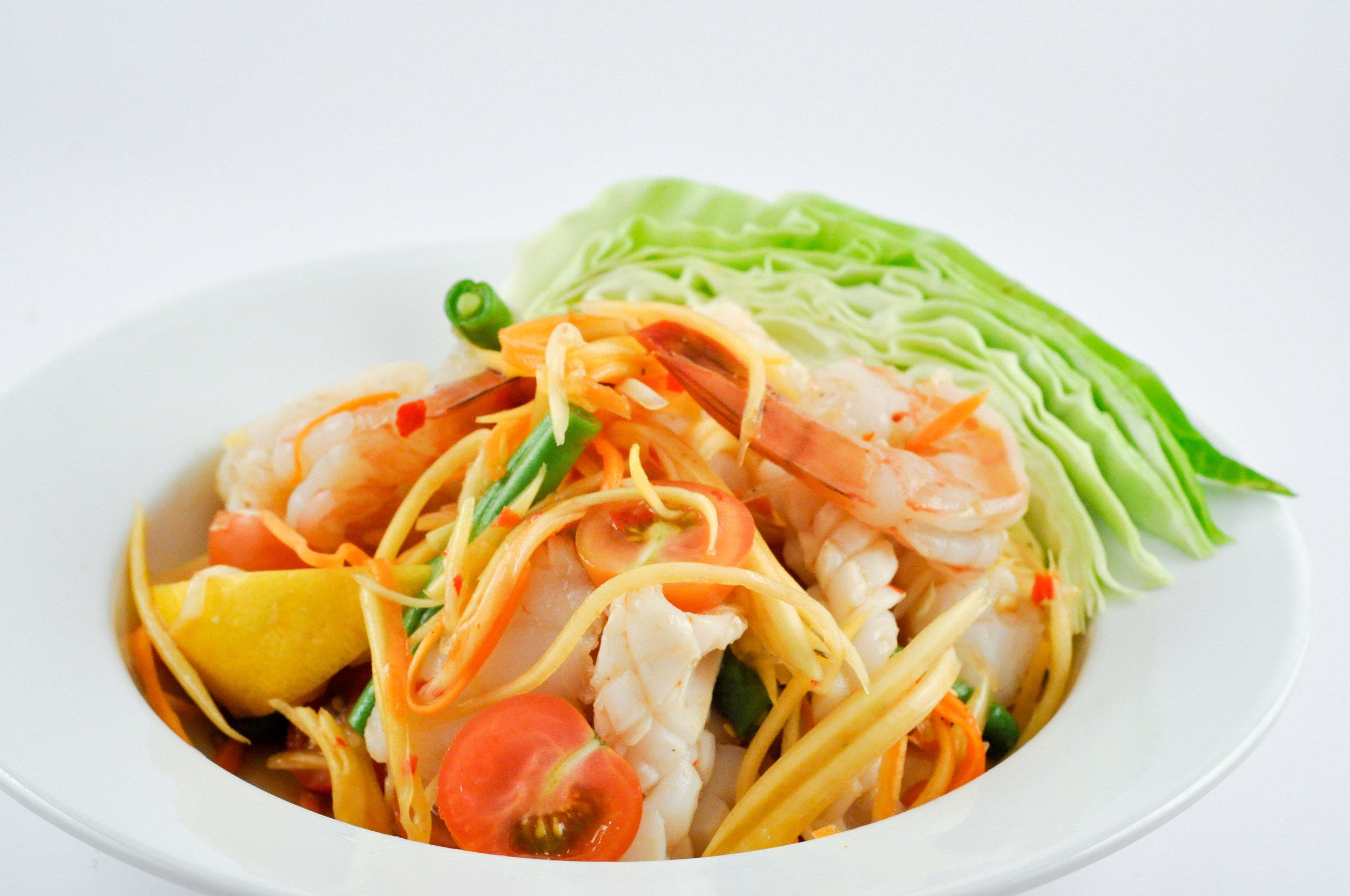 Tum Talay - Papaya Salad with Seafood