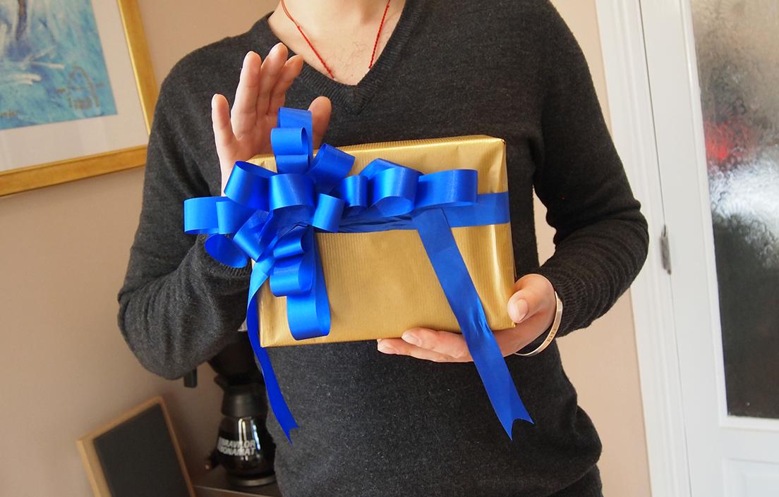 O2 Gift Wrapping Workshop Cheltenham Staff Training