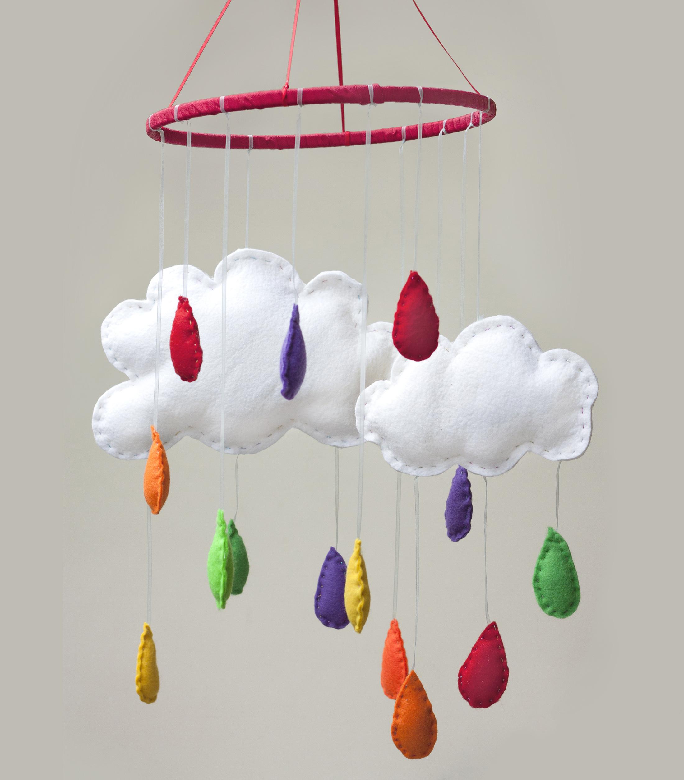 Cloud Felt Baby Mobile The Crafty Hen.jpg