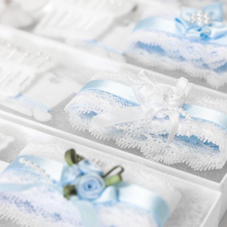 Make+Own+Wedding+Garter+Kits+Crafty+Hen.jpg