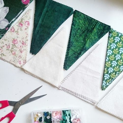 Green+Wedding+Bunting+Workshop+Edinburgh+The+Crafty+Hen.jpg