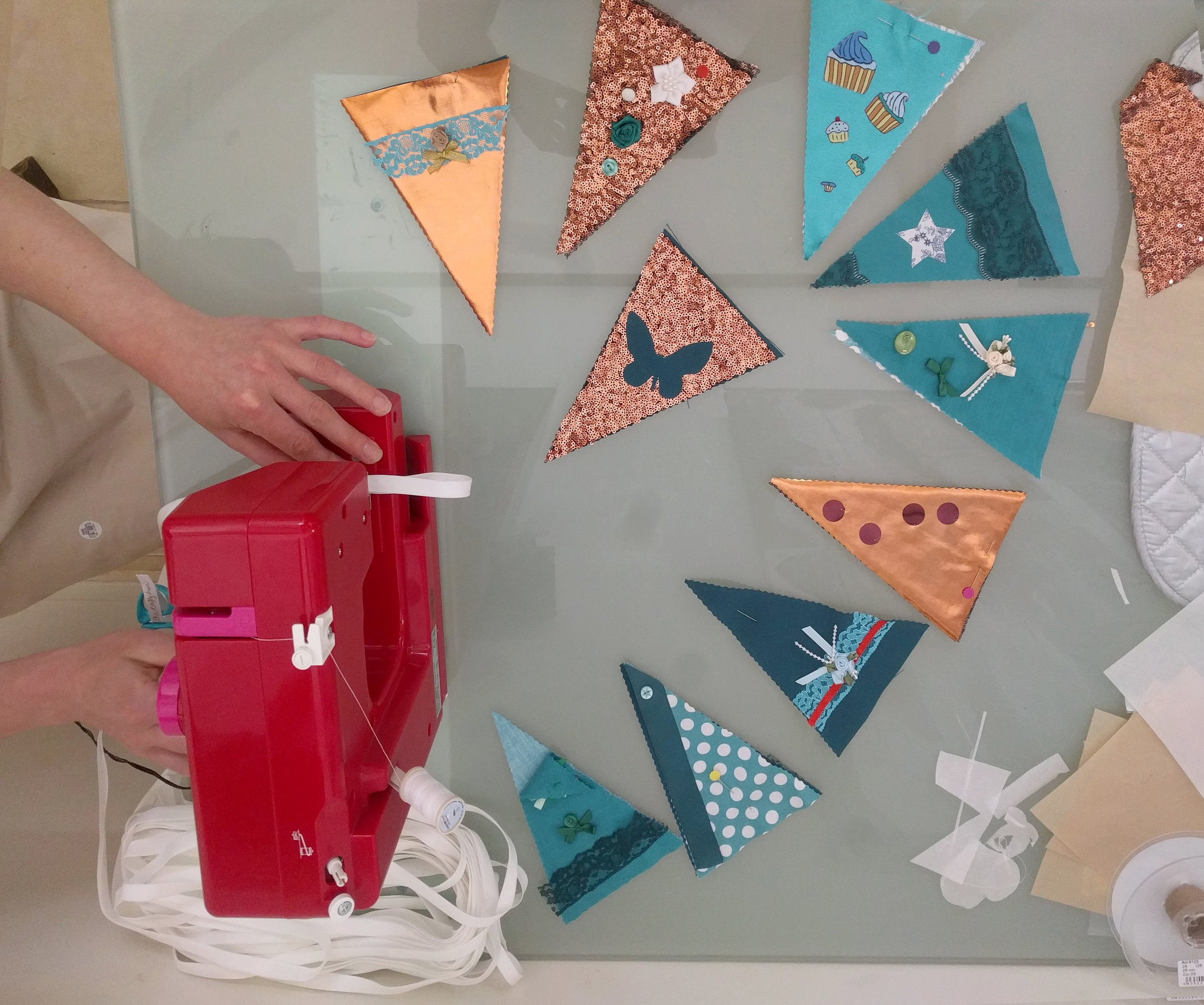 BUNTING MAKING CRAFT PARTY.jpg