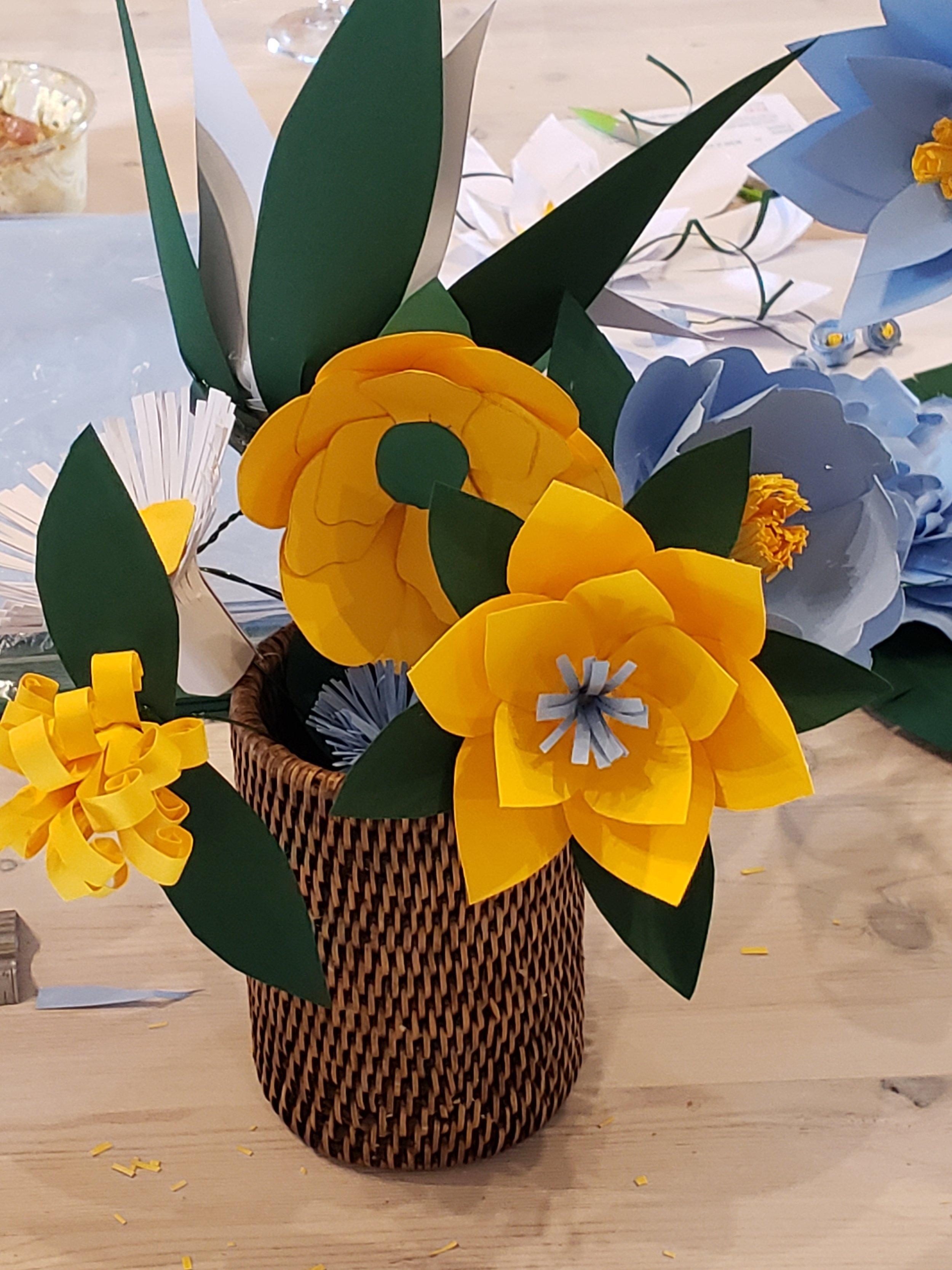 hOW TO make paper flower wedding centrepiece.jpg