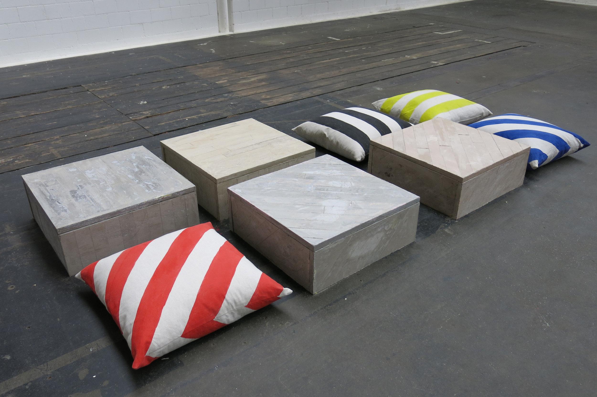 Floor Piece Nr 1, 2013 Fliesszement, Pigmente, Stoff bemalt ca. 290 x 130 x 30 cm