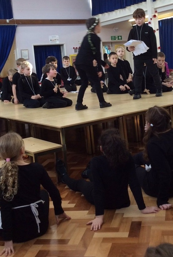 Rowington Class take to the stage!