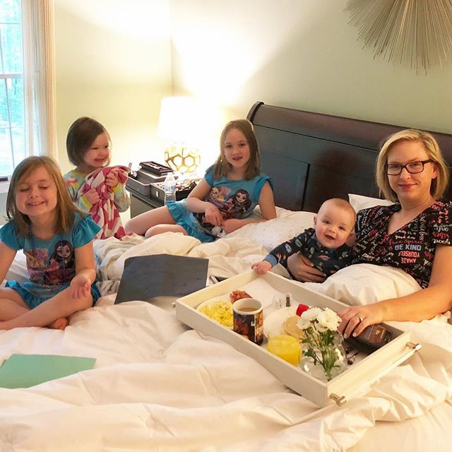 #tbt to that time I was just trying to live my best $7.88 Walmart nightgown life, and this crew descended on me 💜💜💜💙 #mothersday #theyateallmyfood #breakfastinbed #theirbreakfastnotmine #walmartnightgownftw