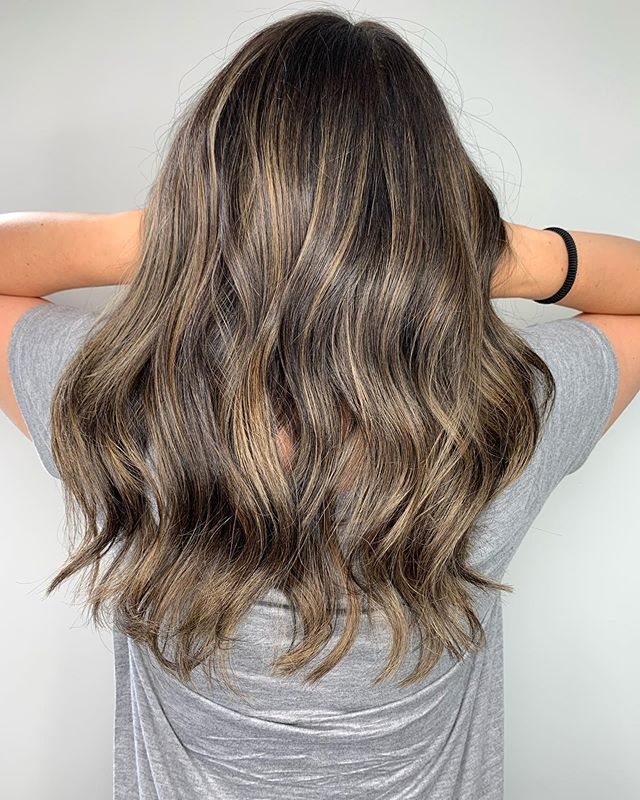 Gill Slayyyyyys #foilyage all damn day... #washingtonhair #washingtonhouse #washingtonhousesalon #washingtonhousesalondoesitbetter #allthingswashington #innisfil #innisfilhair #innisfilstylist #innisfilsalon #innisfilhairstylist #ombre #ombrehair #foilyage #californiablonde #curls #beachwaves #mermaid #mermaidhair #blonde #blondelove #blondebombshell #matrix #matrixcanada #olaplex #framar #bablyssfoils #framarbrushes