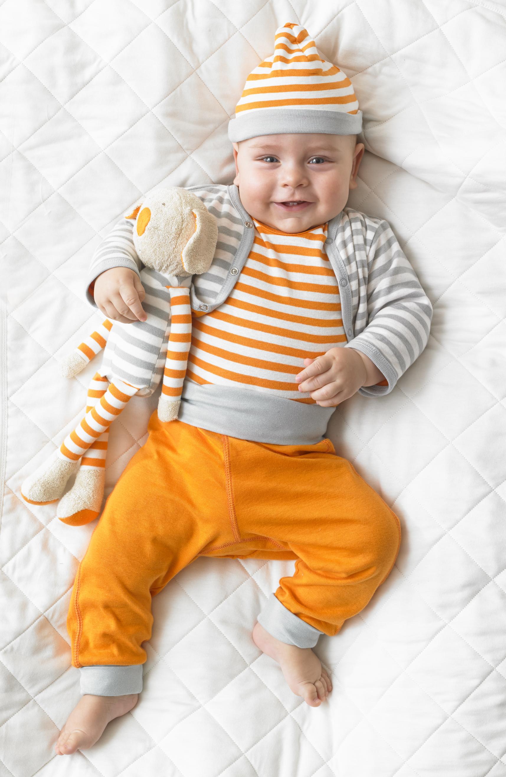GBB Shot With Baby_V8ap.jpg