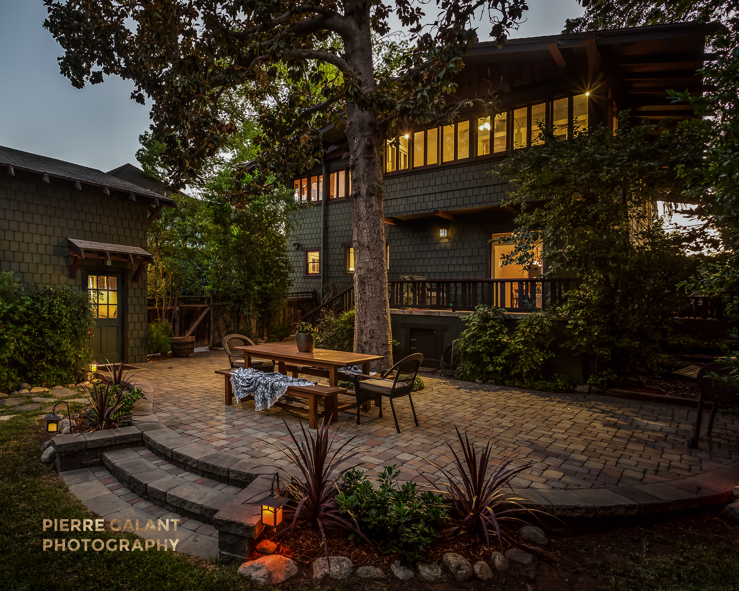 """To finish on a high note, this home was published in Curbed LA, and one of the commenters said: """"That backyard. I'm stunned. When I die, just throw my ashes into that back yard."""""""