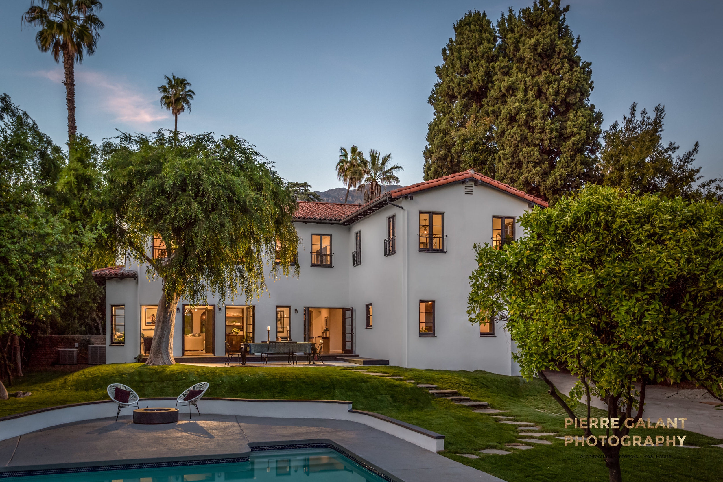 Ah! The Med Mansion! A really cool architectural renovation in Altadena. The pool had been a much later addition to the property and didn't really fit with the style of the home so I decided to show only a sliver of it, letting the viewers imagination take over.