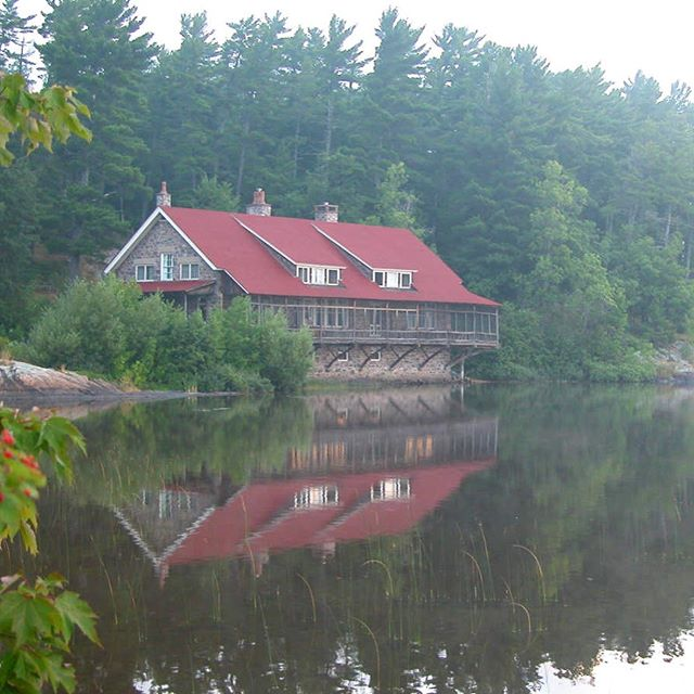 I will be the Artist-in-Residence at Ives Lake Field Station, Huron Mountains next week. Looking forward to learning about aquatic plants and meeting visiting researchers doing their fieldwork. Thanks to Huron Mountain Wildlife Foundation for their support. #huronmountainclub #iveslake #artistinresidence