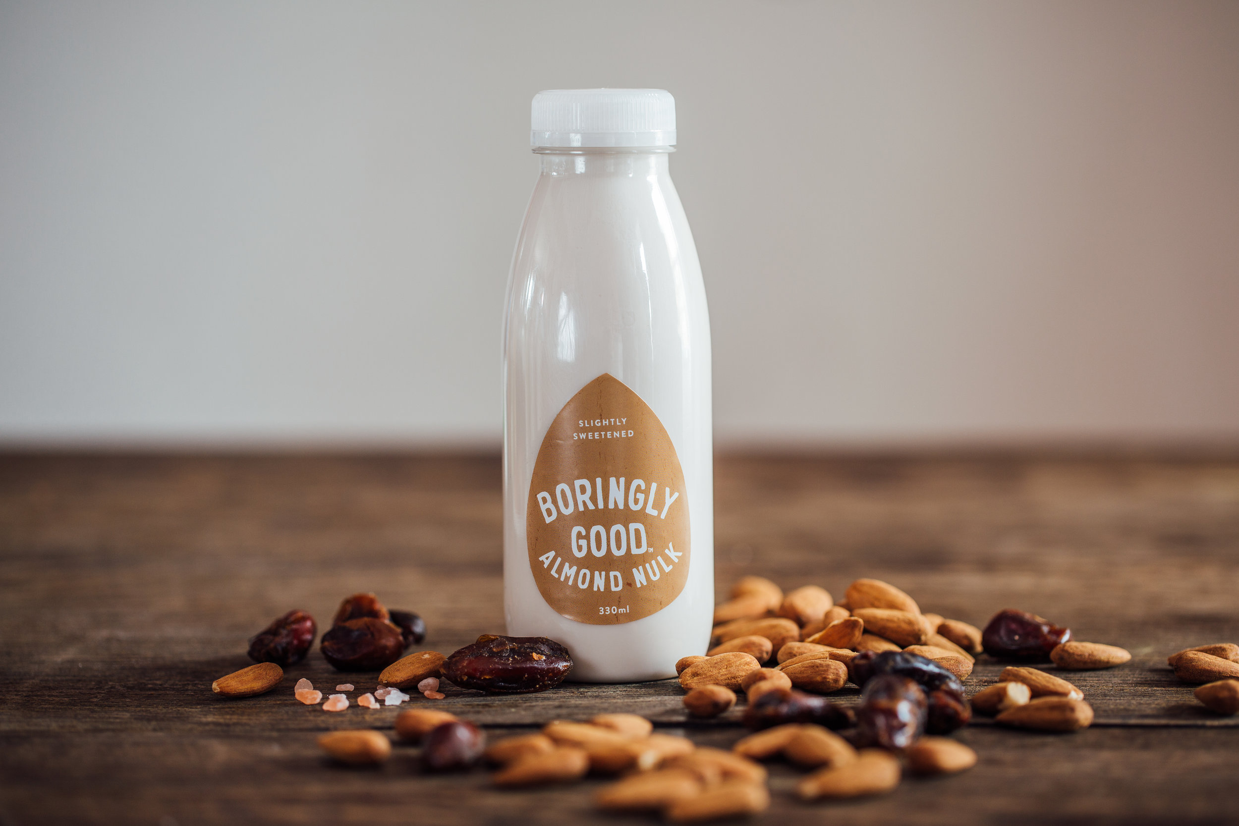 Slightly Sweetened - Deliciously more-ish,with a hint of date - it's milk, it's a drink, it's yumIngredients:Almonds (9%), Water, Dates, Pink Himalayan Salt. Typical nutritional values per 100ml:Energy 294KJ (71kcal),Fat 5.6g (saturates) (0.6g),Carbohydrates 2.7g (sugar 2.4g),Protein 2.5g,Salt 0.1g