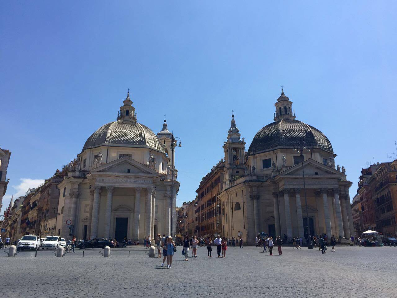 Piazza del Popolo, the two churches of Santa Maria