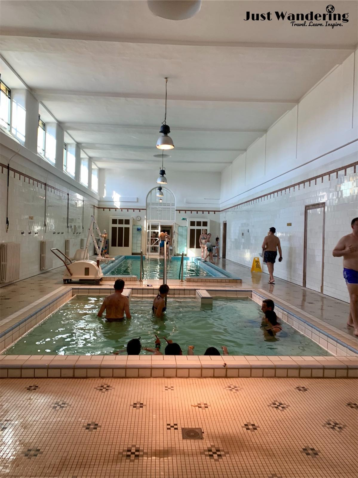 - Don't be surprised as you venture into the indoor baths how prevalent it is for locals to partake in aqua-calisthenics. Seems like most baths offer this, along with pools of different temperatures, saunas, steam rooms, and other facilities.