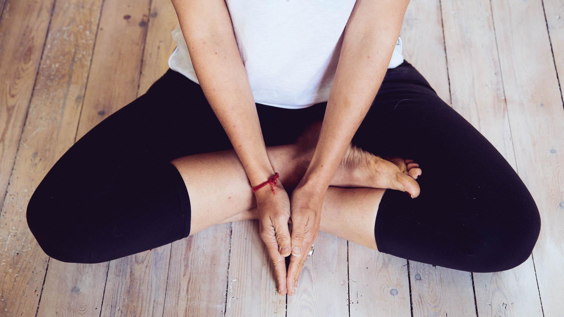 Yoga hand sitting_.jpg