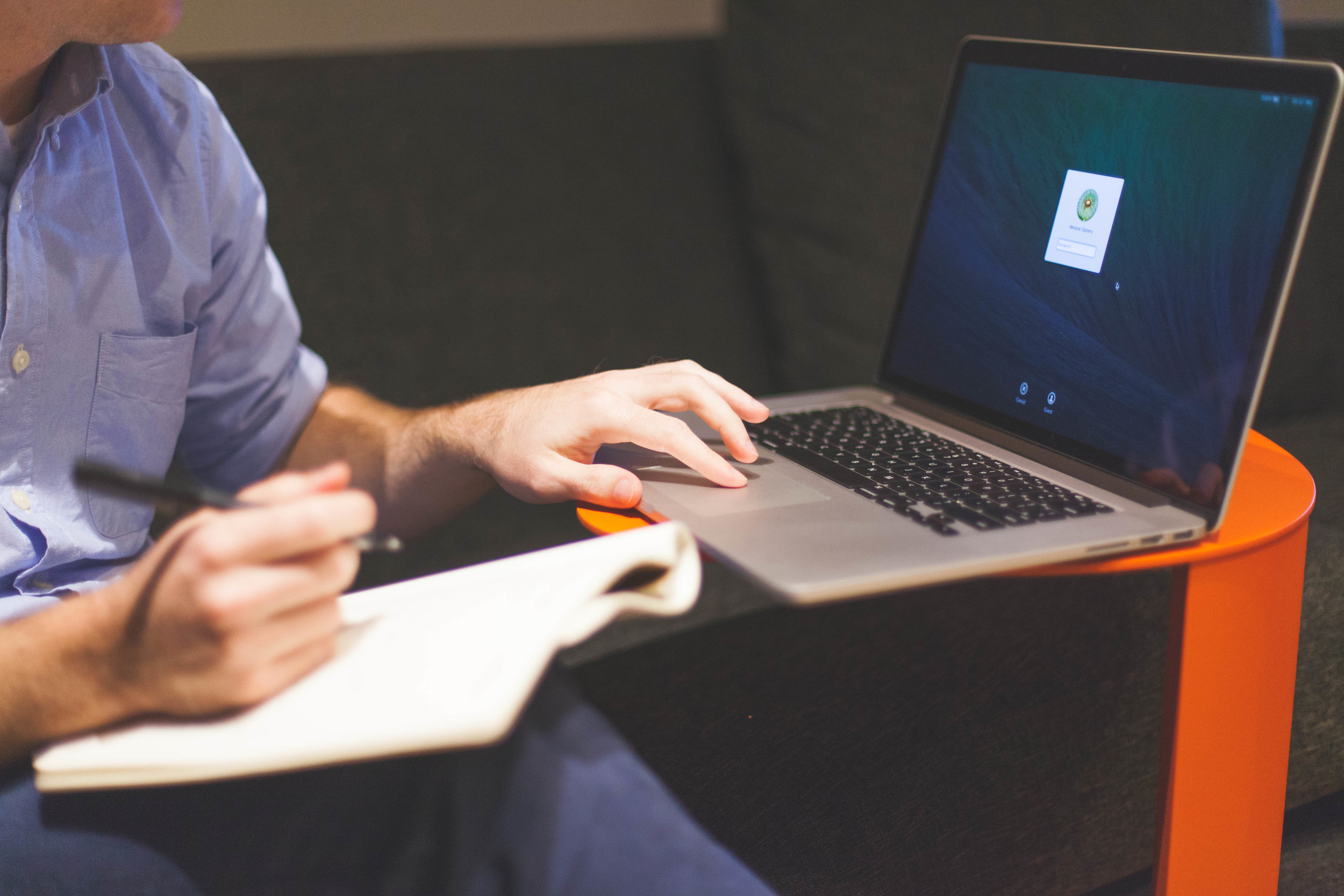 man-notebook-notes-macbook.jpeg