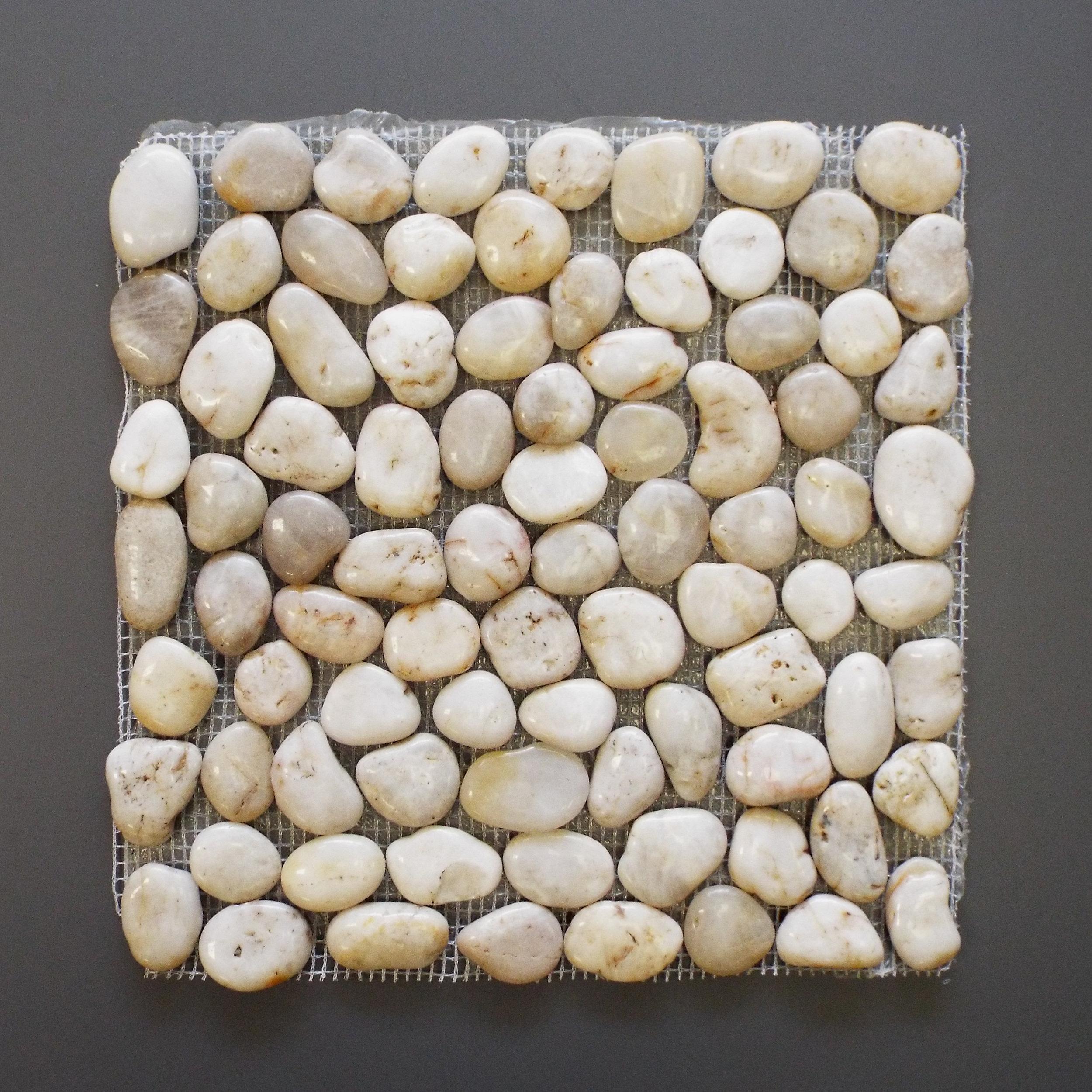 Pebblestone Polished White