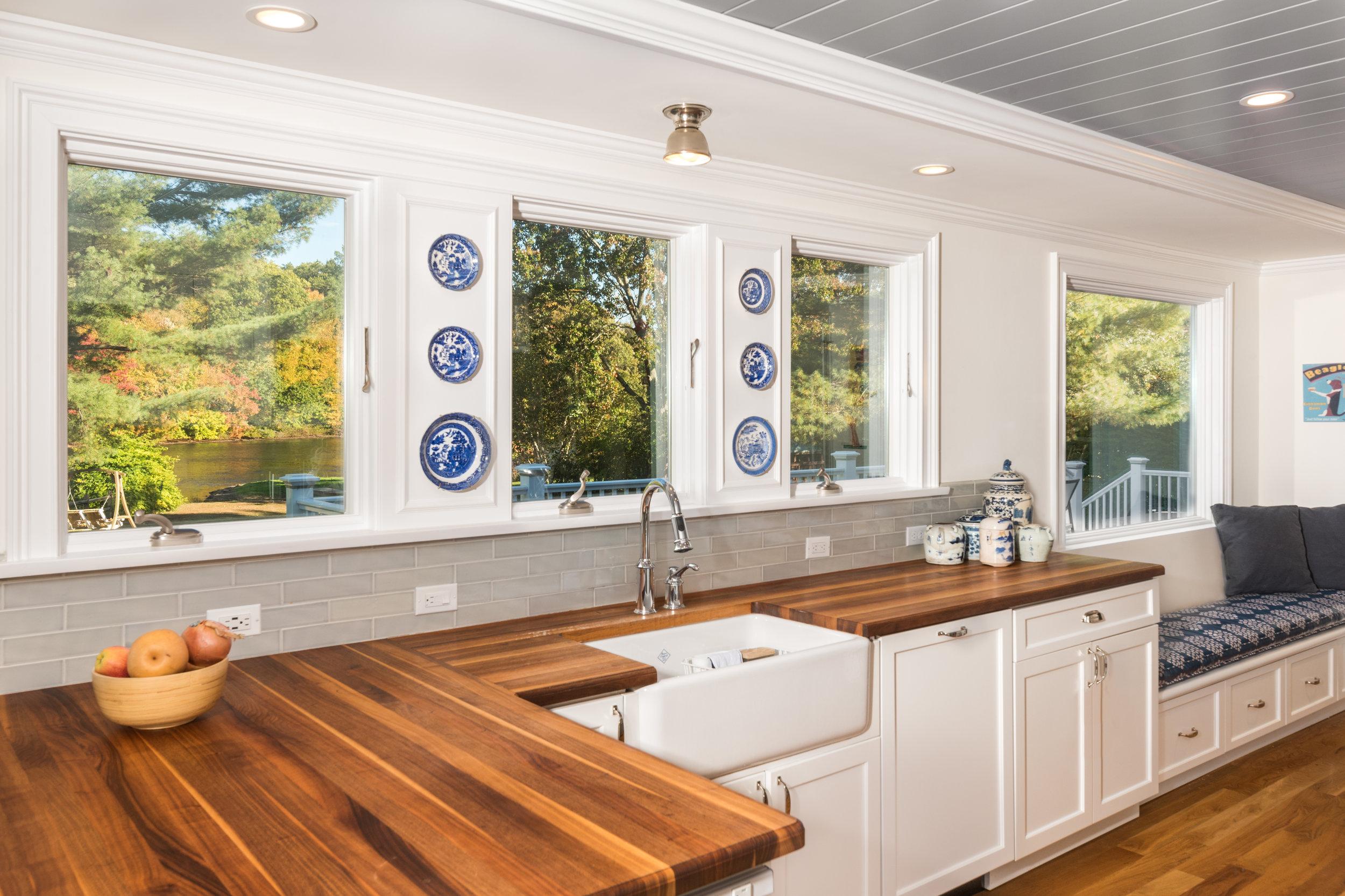 _DCP0168-kitchencountertop.jpg