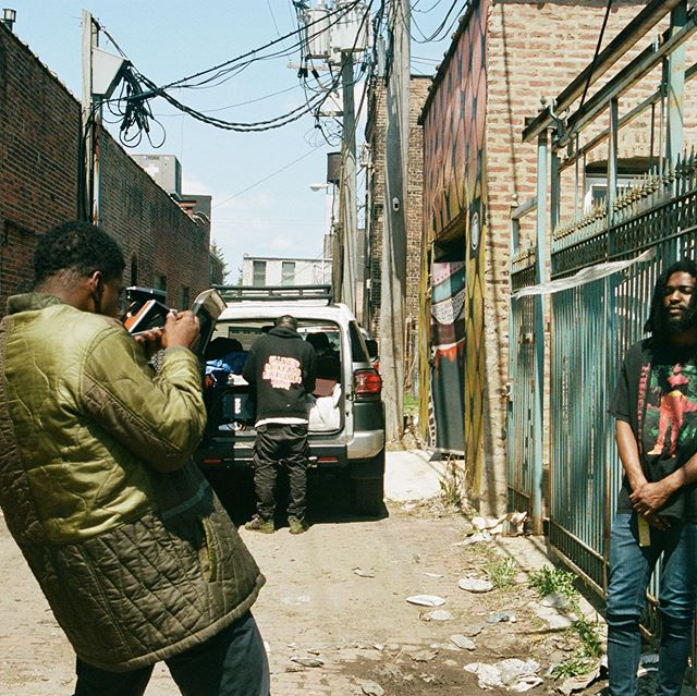 """BTS of """"Percy"""" Directed by @mickjenkins  Shot by @119productions / @judeappleby  Featuring @chicagoqari  Produced by @sllime64  CC: @darrylturnbow @exwhyzeeeeeee 📸🎞: #Porta400 #35MM"""