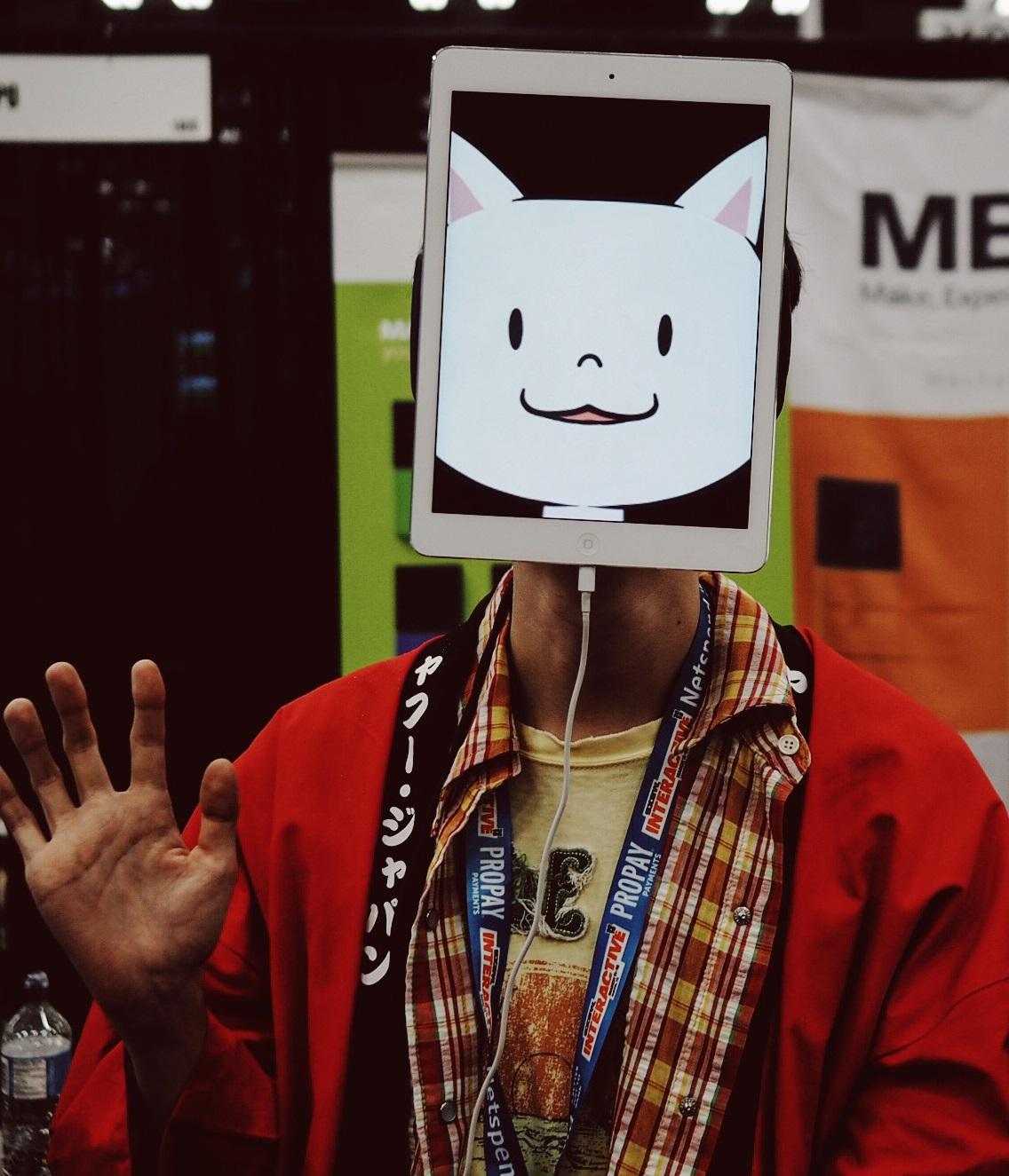 hey-kitty.jpg