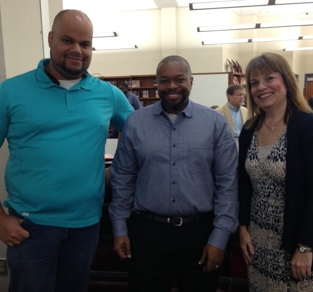 With projekt202's Martin Bliss and Karen King, Reggie discussed his work during a recent Career Day in Mesquite.
