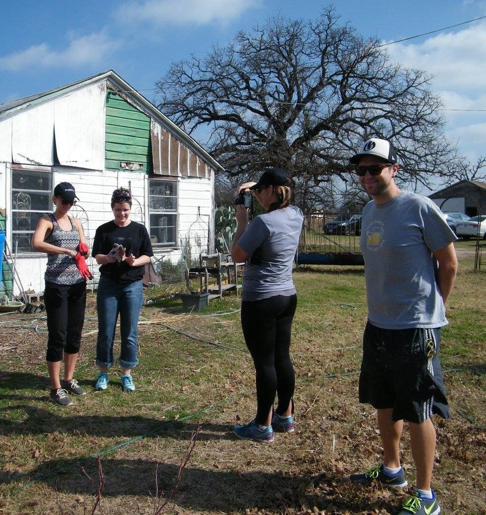 garden volunteers6.jpg