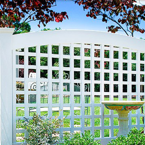 illusions-vinyl-fence-old-english-fence