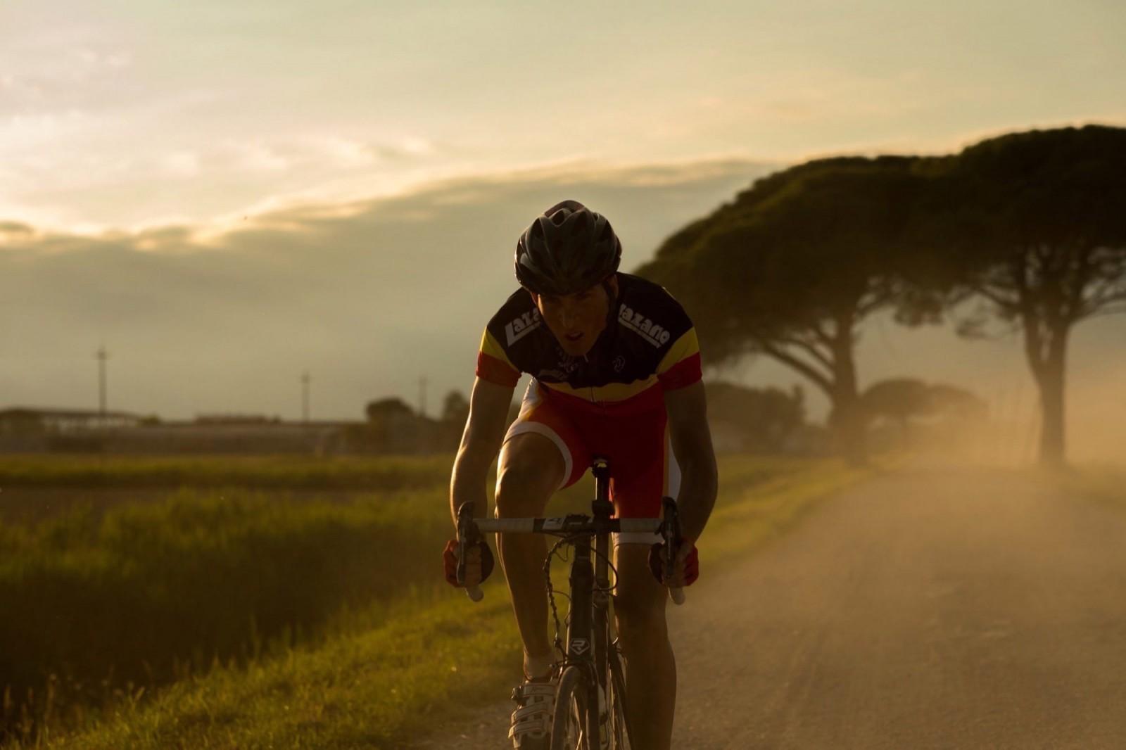 coureur_niels-willaerts_17_fietsen_frontaal-1600x1066 (1).jpg