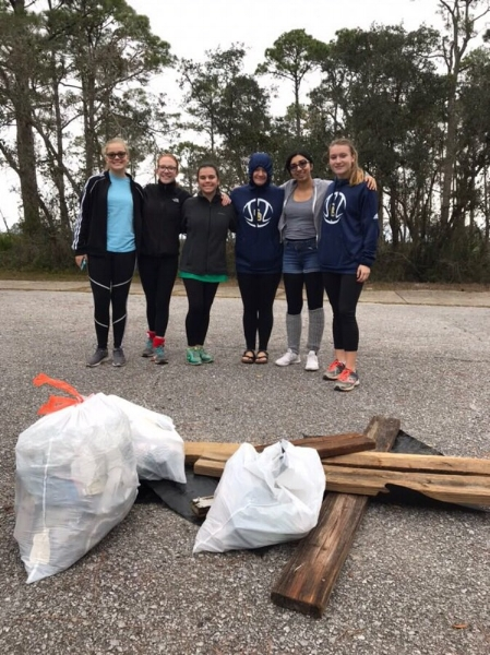 - 49 volunteers picked up a total of 508 lbs of trash at Naval Live Oaks, Bay Bluffs and Chimney Parks. Thanks to GB High Marine Science Club and Gulf Coast Citizenry Diplomacy Council  Expect to see beer cans/bottles but depressing to find pint/quart bottles of hard liquor along the sides of the road!
