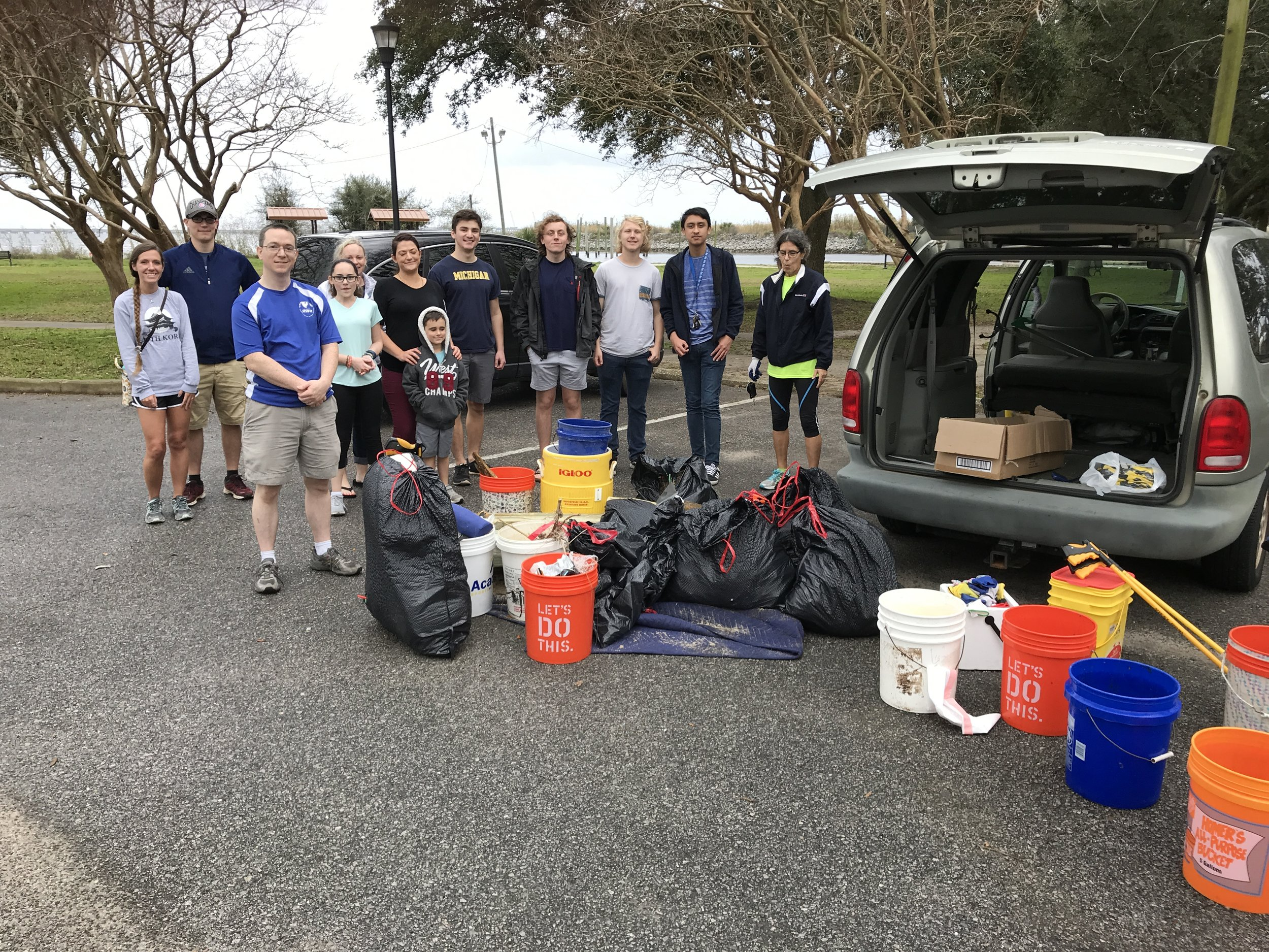 - UWF students and Caldwell Bankers were part of 22 volunteers at Bartram Park (223 lbs). A further 45 volunteers picked up 316 lbs at Wayside park - over 2,000 lbs so far this month