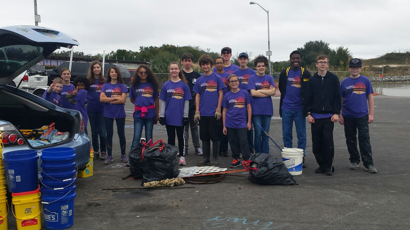 - Thanks to the 19 volunteers from the NWFL Robot Spot Robotics team picking up 83 lbs at Graffiti Bridge