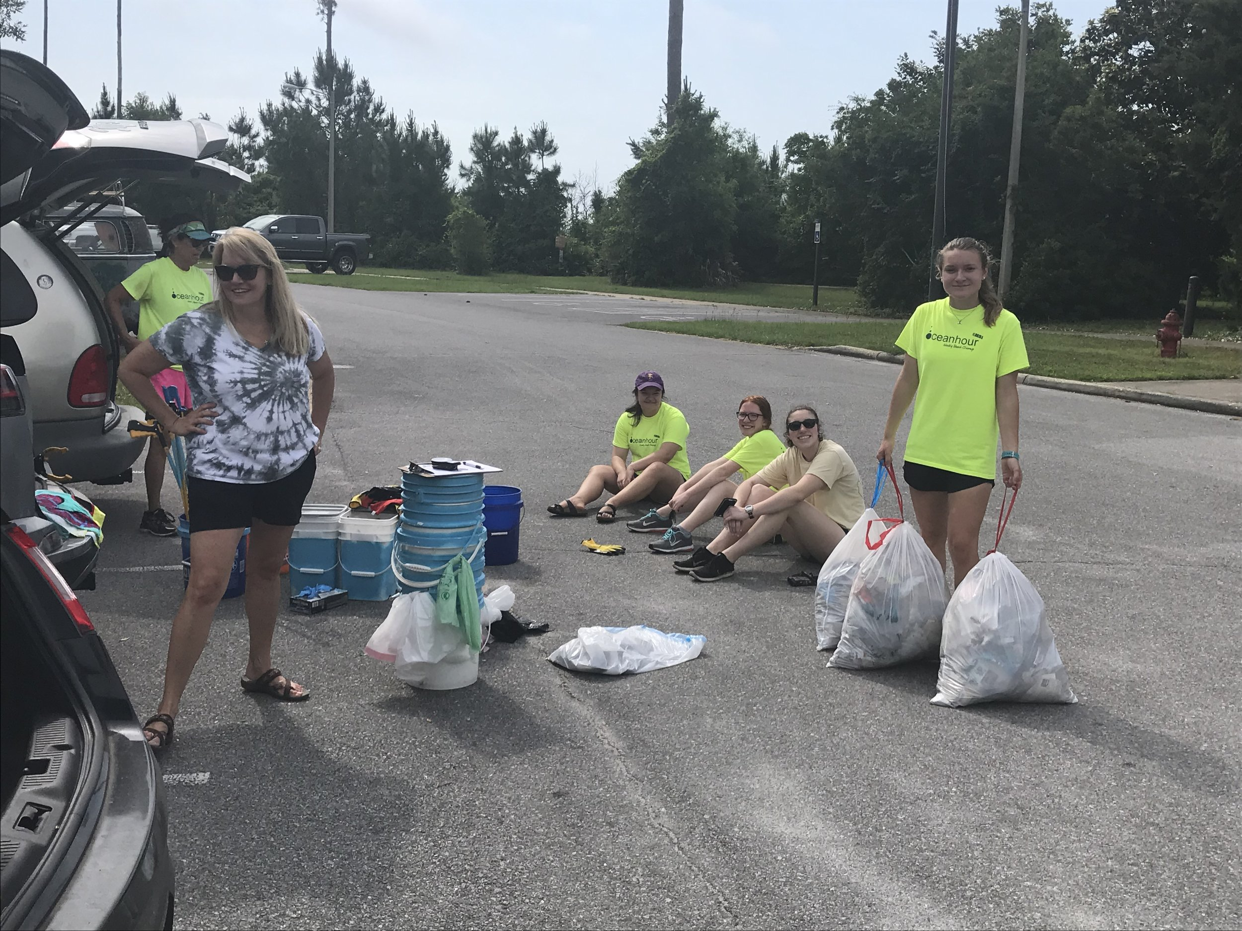 - with 17 volunteers at Naval Live Oak including Gulf Breeze High's Honors Society to pick up 227 lbs. Also another 20 volunteers collected 82 lbs for a total of 309 lbs